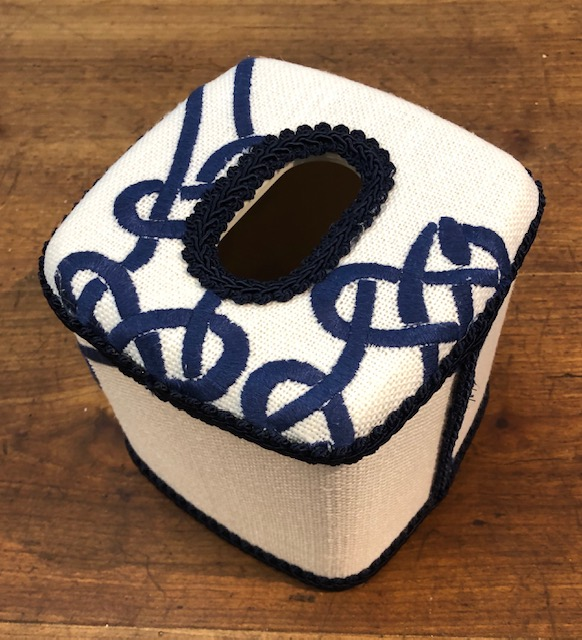Tissue w/Blue Twist Design