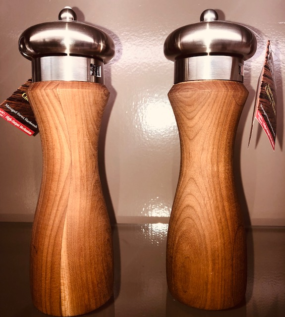 Alto Cherry Pepper Mill